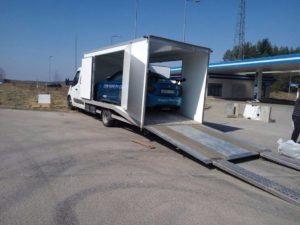 Перевозка автомобиля в Европу крытым автовозом